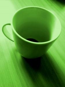 Eine eingefärbte Teetasse
