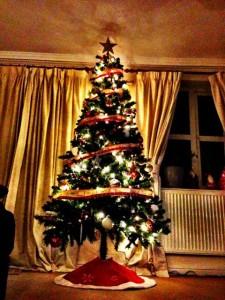 Ein dekorativer Weihnachtsbaum