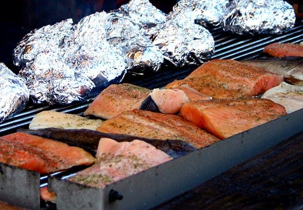 sommerzeit ist grillzeit fisch grillen als gesunde alternative zu w rstchen steak co. Black Bedroom Furniture Sets. Home Design Ideas